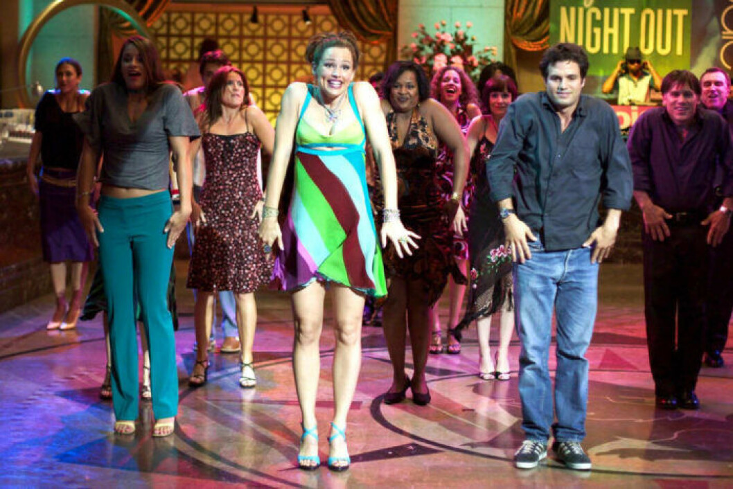 Jenna och Matty dansar.
