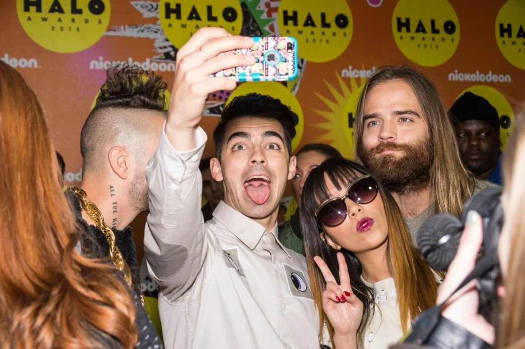 at arrivals for 2015 Nickelodeon HALO Awards, Pier 36, new, NY November 14, 2015. Photo By: Steven Ferdman/Everett Collection