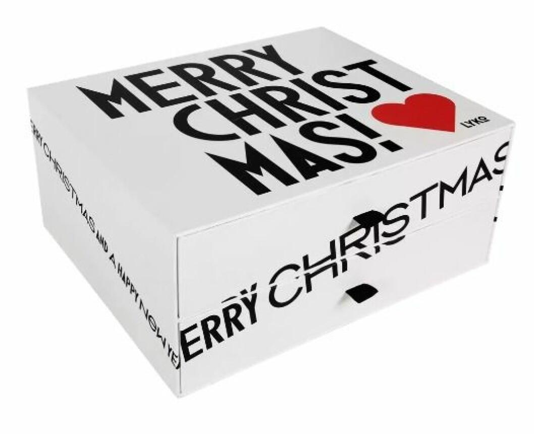 Adventskalender med smink till julen 2019 från Lyko