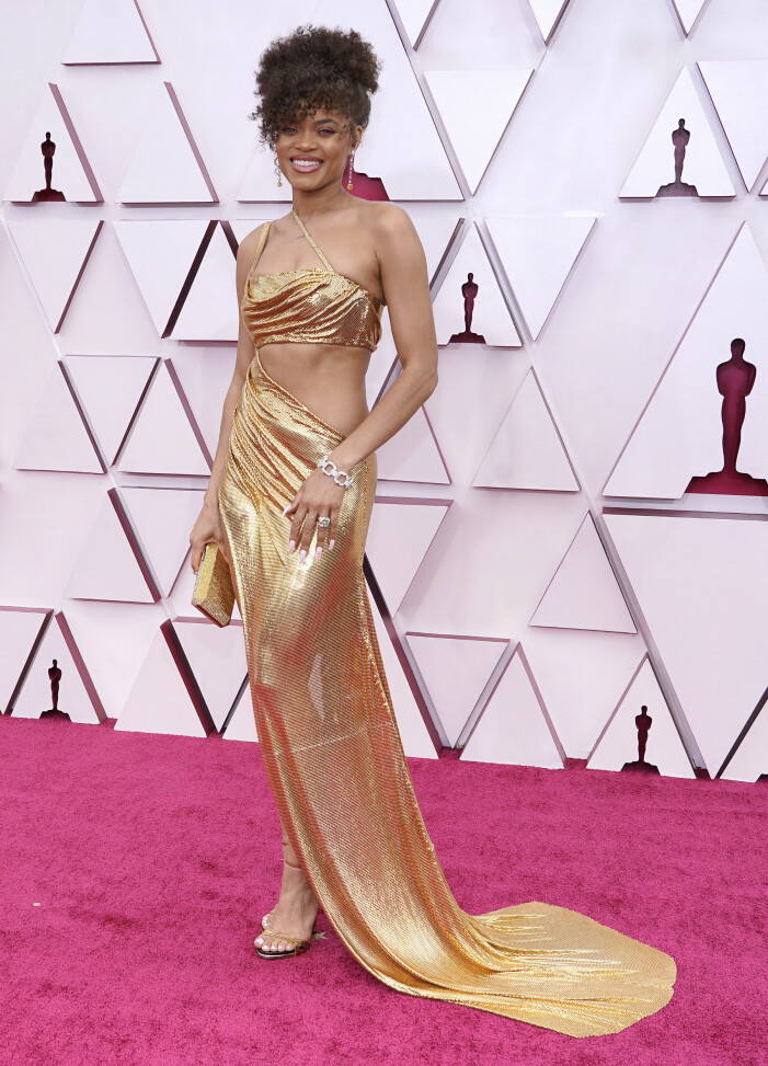 Andra Day på röda mattan på Oscarsgalan 2021