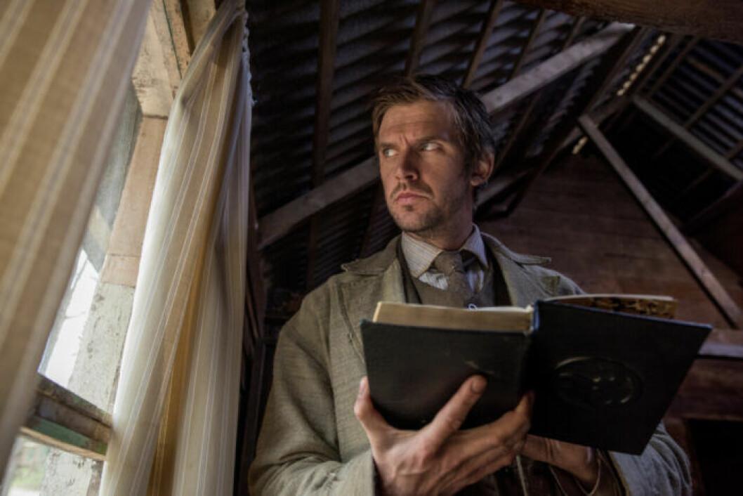 En bild på skådespelaren Dan Stevens som är med i skräckfilmen Apostle på Netflix.