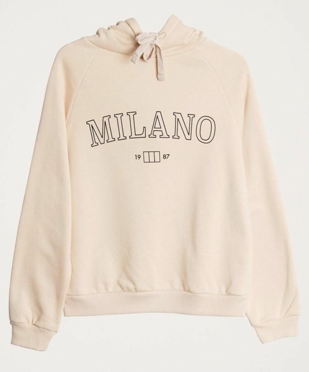 Beige hoodie till våren 2019