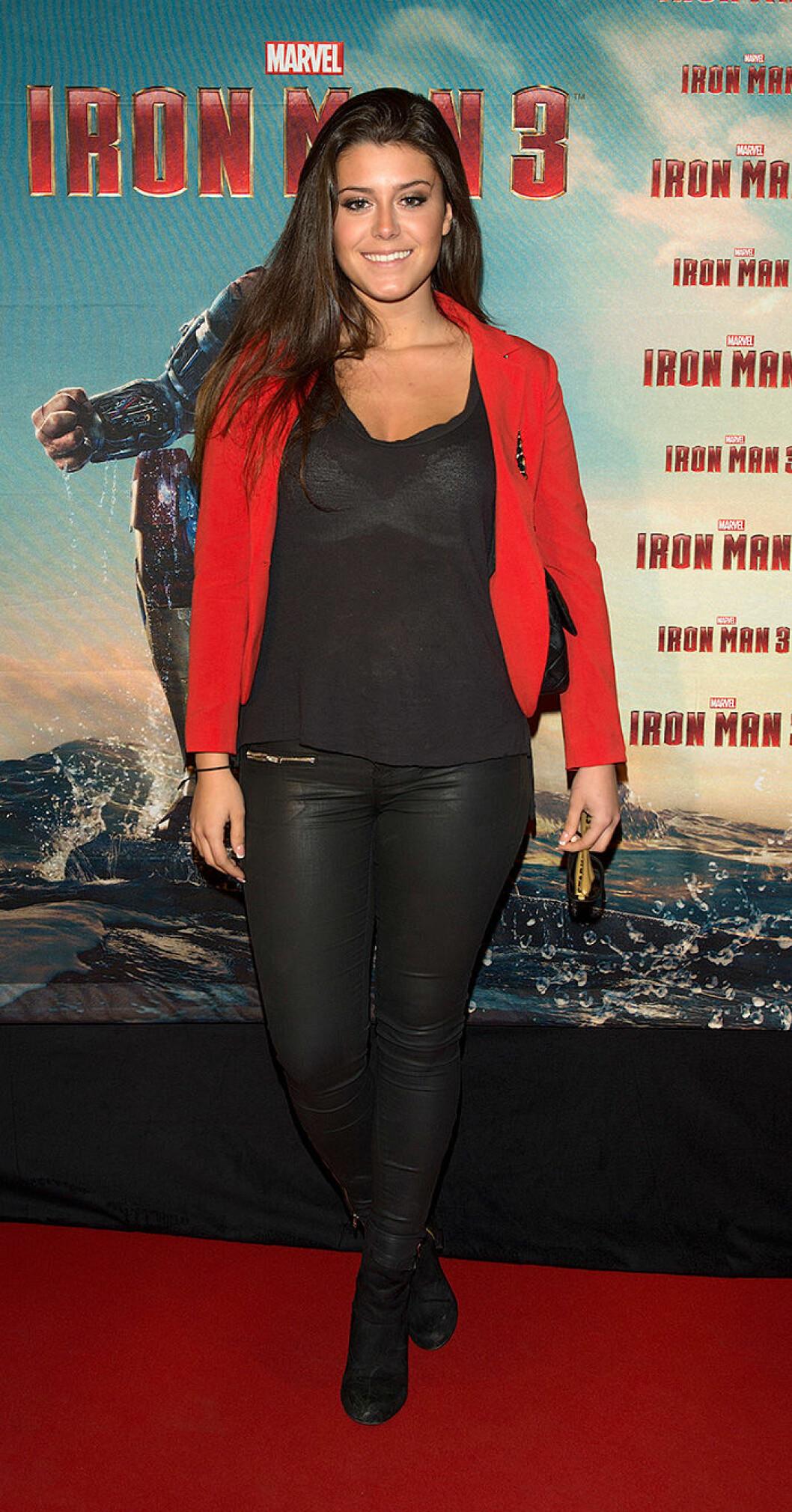 En bild på Bianca Ingrosso på premiären av Iron Man 3 i Stockholm 2013.