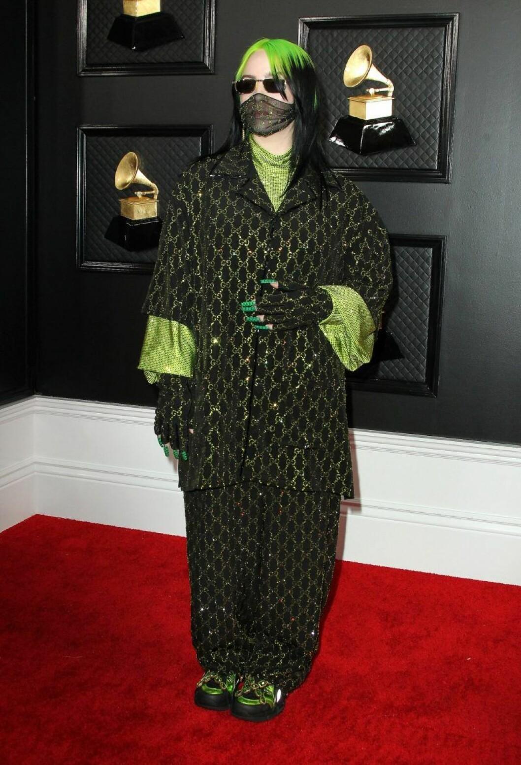 Billie Eilish på Grammy Awards 2020 röda mattan