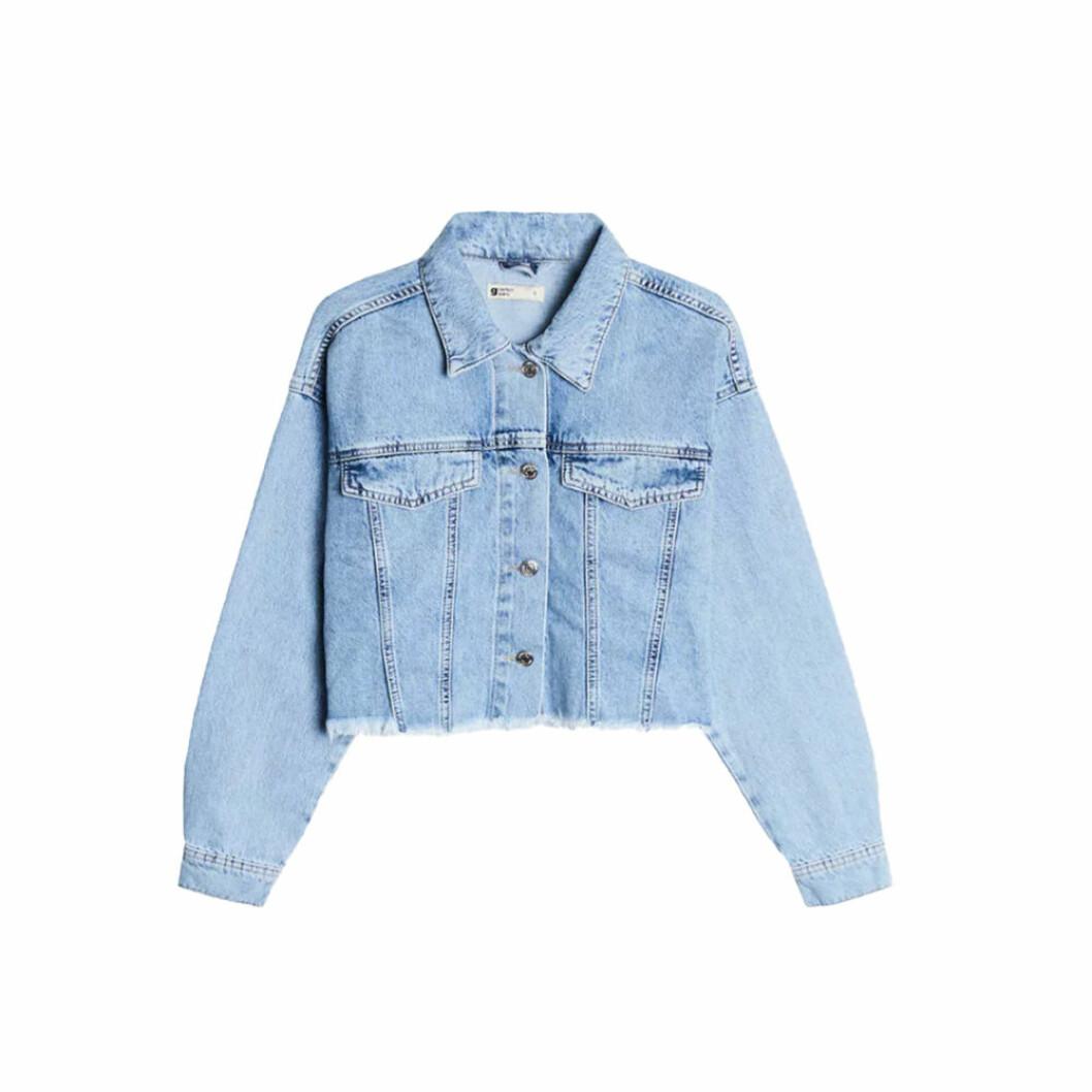 Blå jeansjacka i kort modell