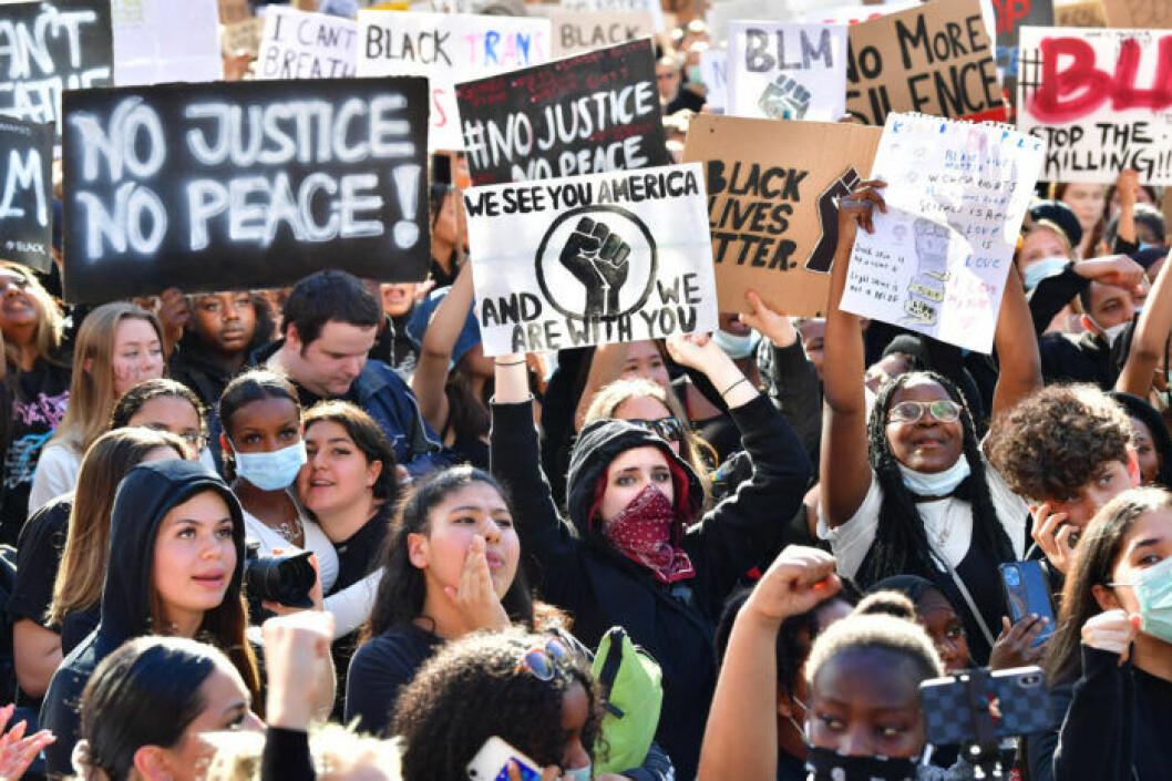Bilder från protesterna mot rasism på Sergels torg