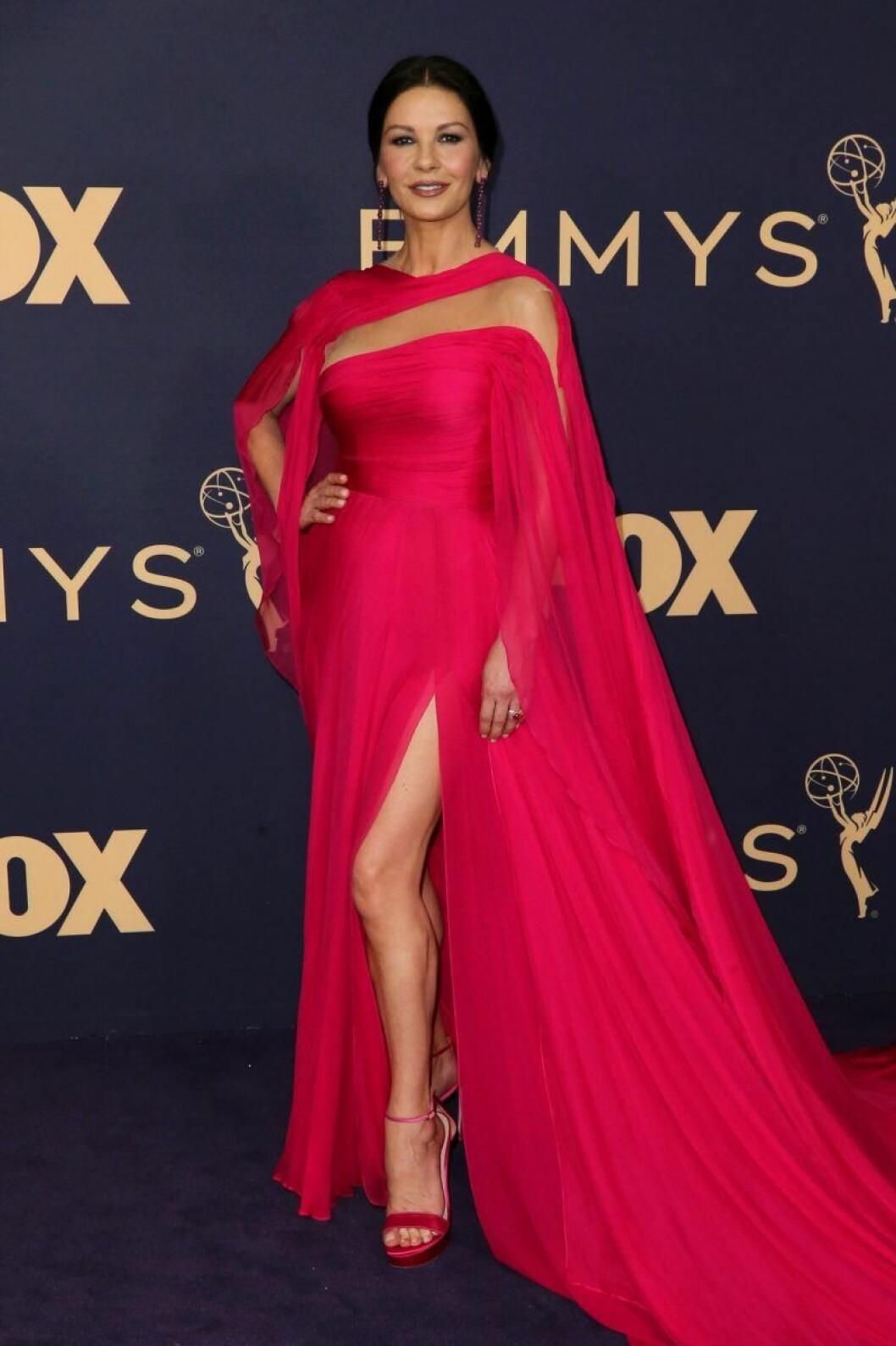 Catherine Zeta Jones på röda mattan på Emmy Awards 2019