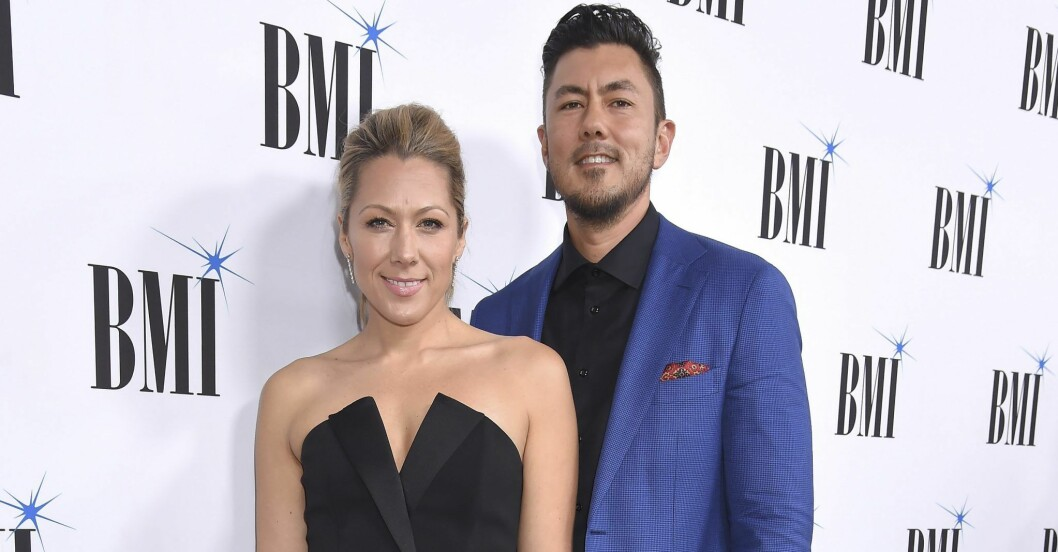 Colbie Caillat och Justin Young