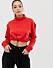 Röd sweatshirt i croppad modell