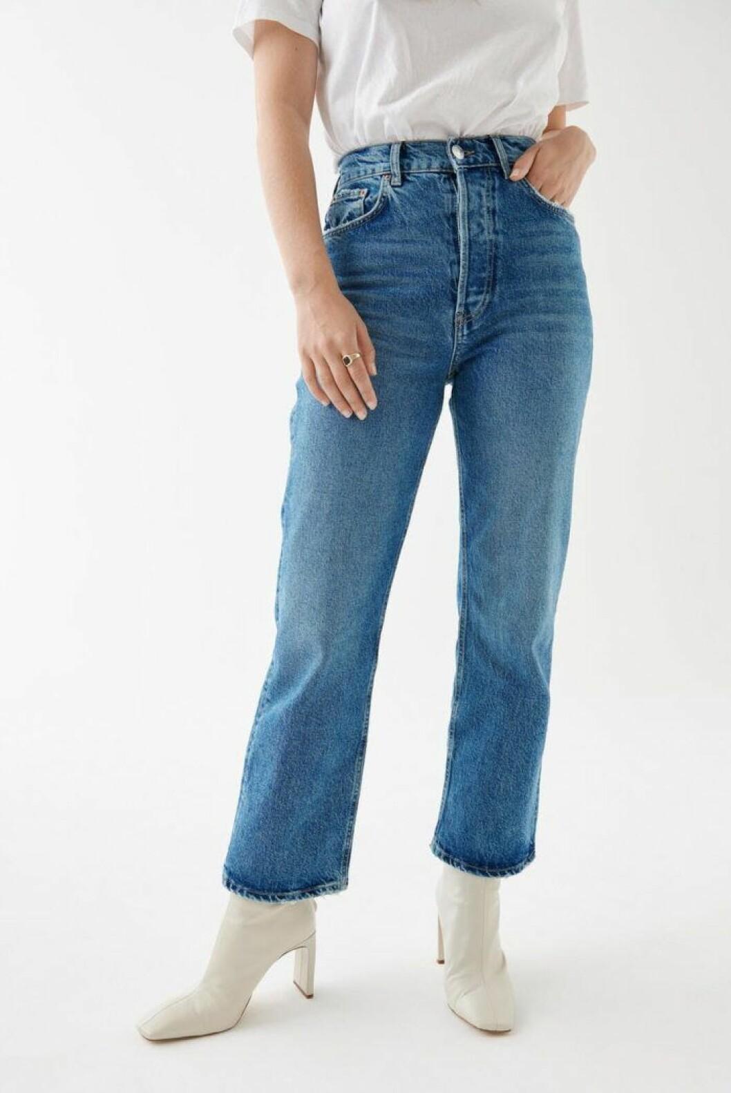Croppade jeans från gina tricot