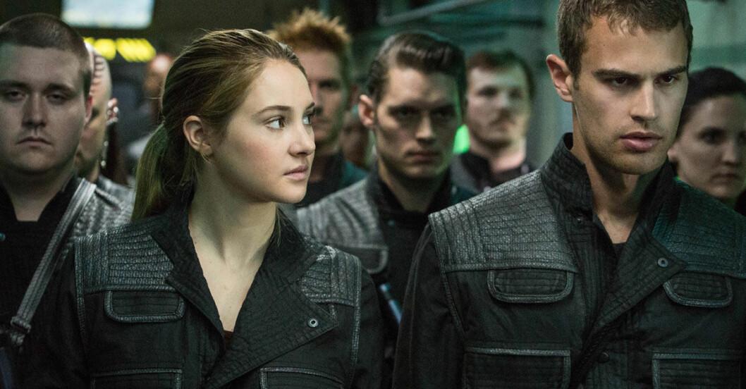 Divergent-ny-bok