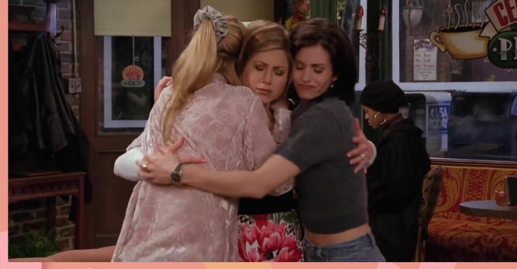 Vänner: Rachel, Phoebe, Monica kramas