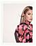 Bianca Ingrosso frontar festkollektion för Gina tricot – rosa klänning