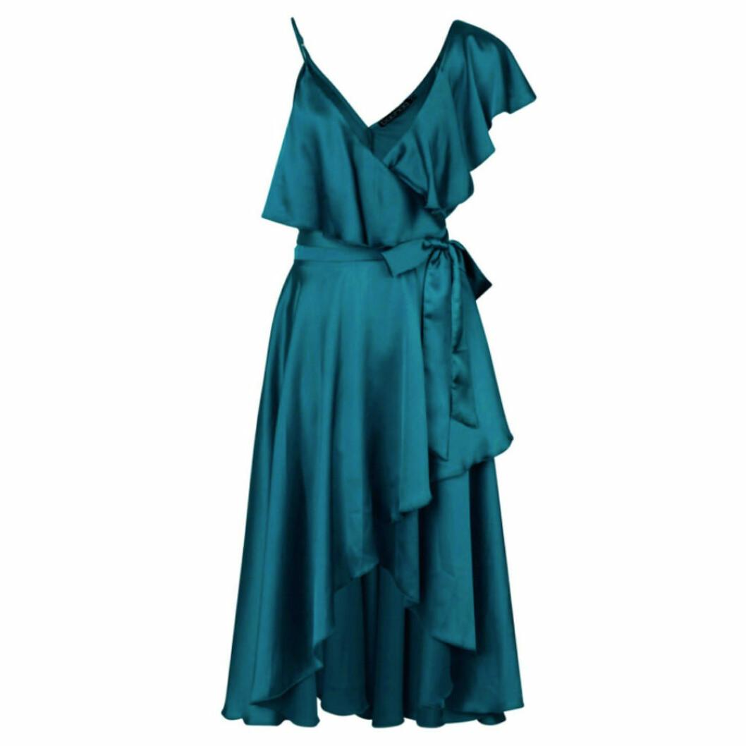Grön balklänning med volanger