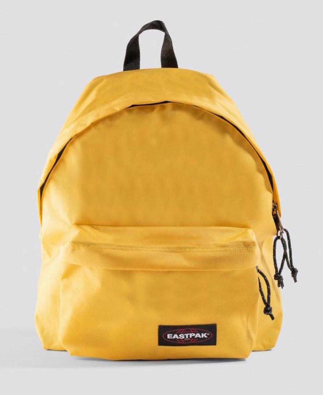 Gul ryggsäck från Eastpak till skolan