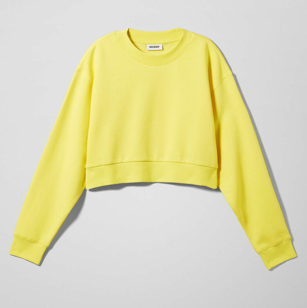 Gul tröja i croppad modell