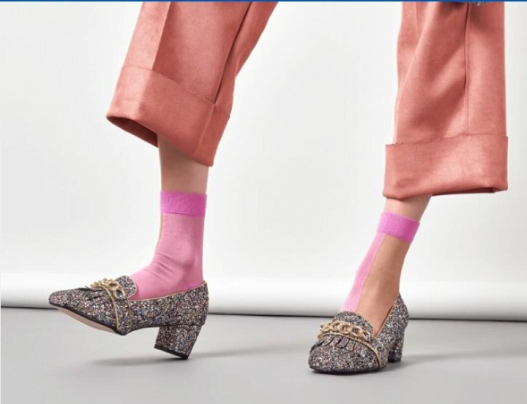 Happy-socks-rosa