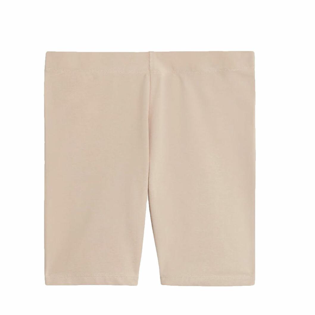 Hudfärgade shorts