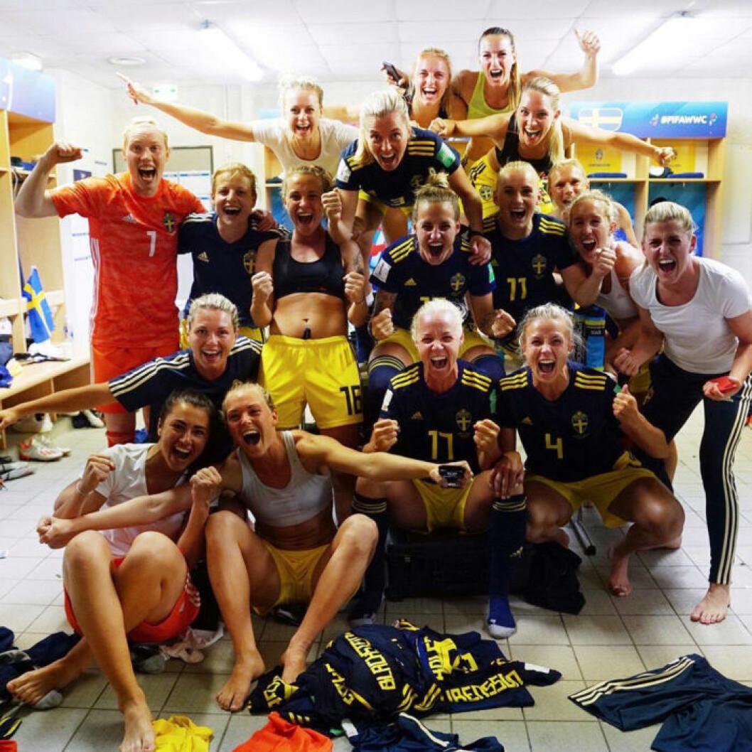 Svenska fotbollslandslagets Instagrambild efter segern mot Tyskland.