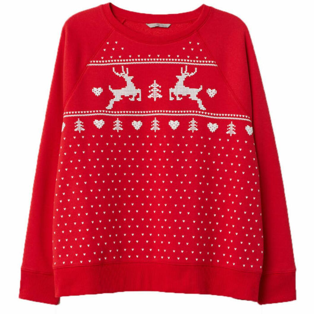 Jultröja i röd färg med julmotiv