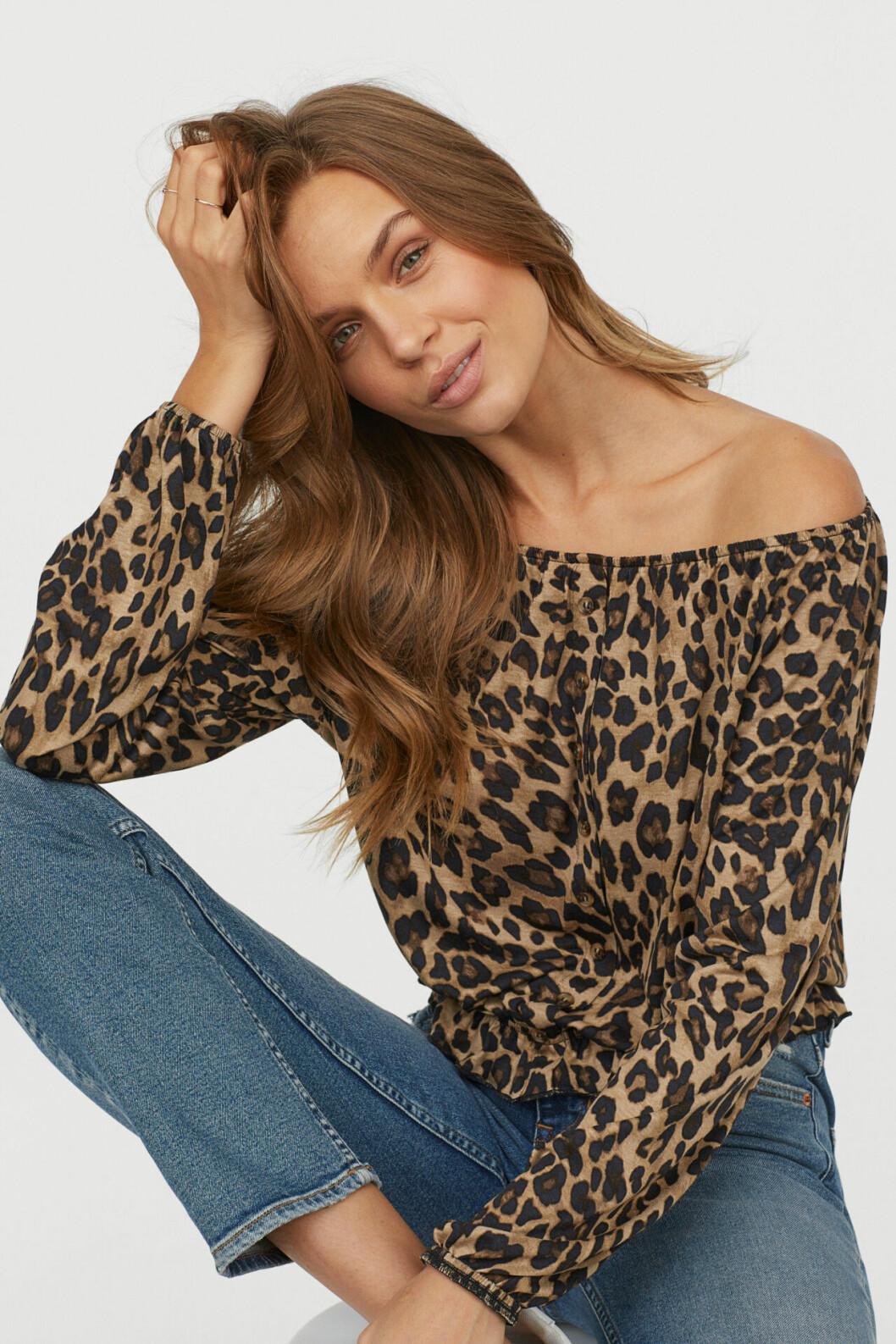 Leopardmönstrad blus till våren 2019