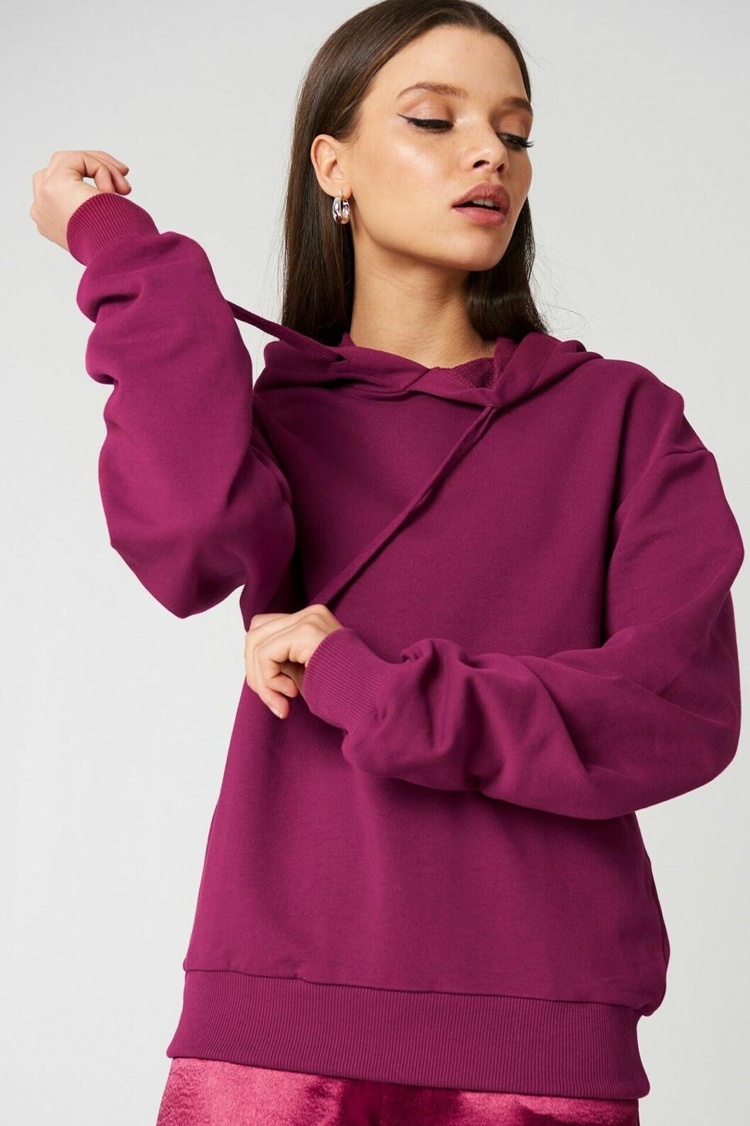 Lila hoodie till våren 2019