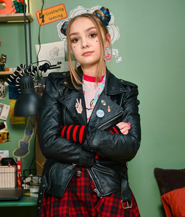 Lily Wahlsteen spelar Thora i tv-serien Bert