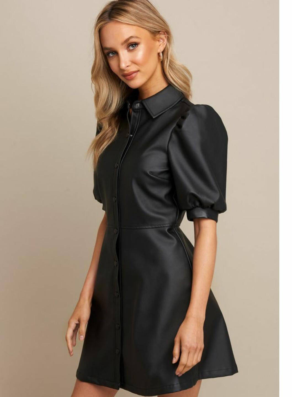 Skinnimitation klänning från NA-KD x Linn Ahlborg