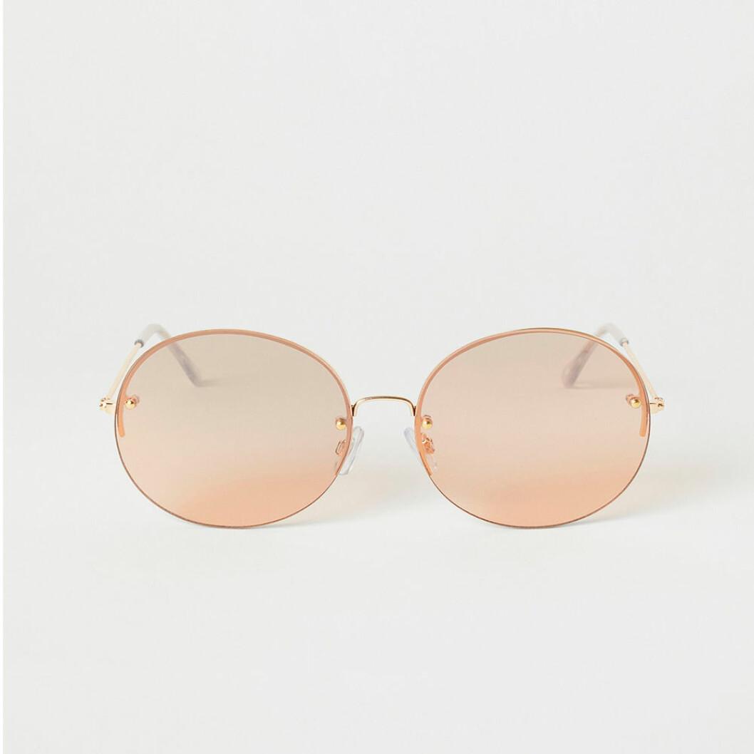 Ljusa runda solglasögon från H&M