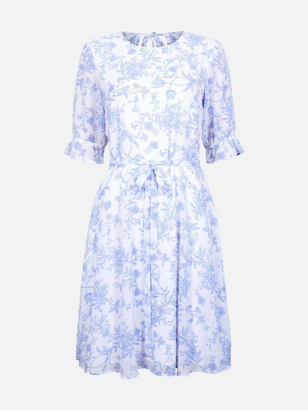 Ljusblå klänning till skolavslutningen 2019