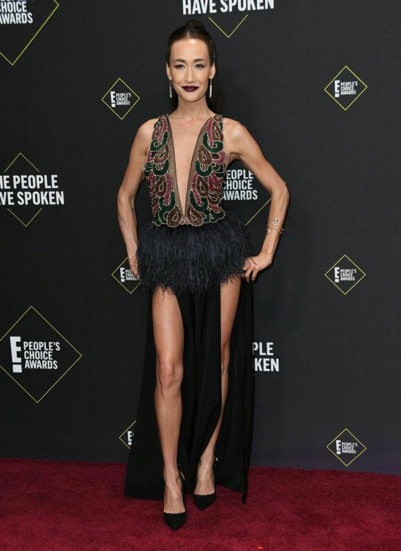 Maggie Q på röda mattan på People's Choice Awards 2019