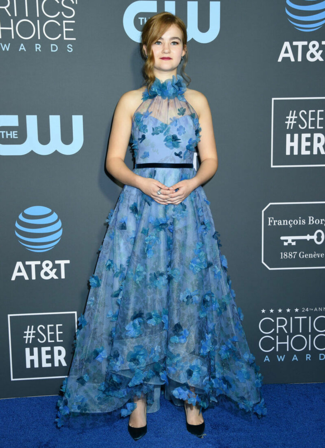 Millicent Simmonds på röda mattan på Critics Choice Awards 2019