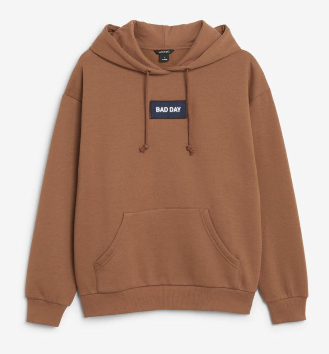 Brun hoodie från Monki