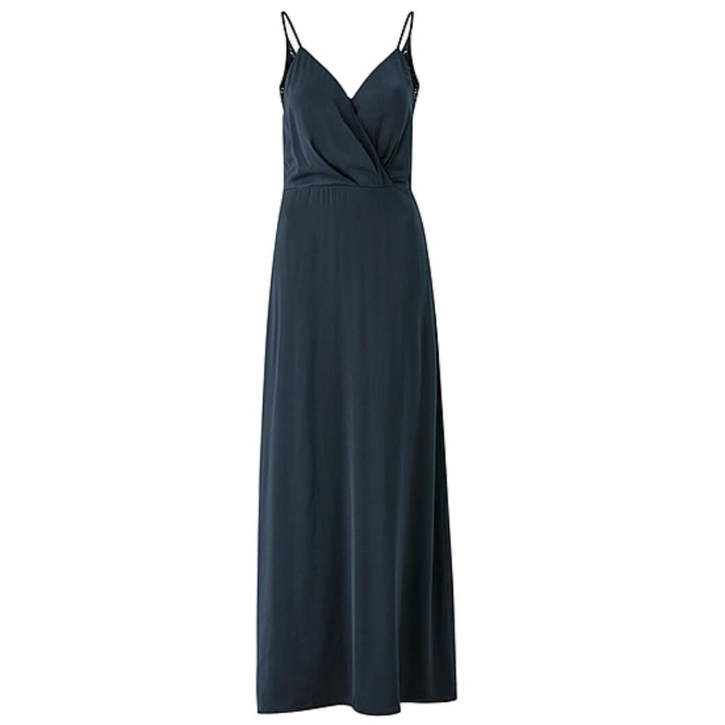 Mörkblå balklänning från Vila