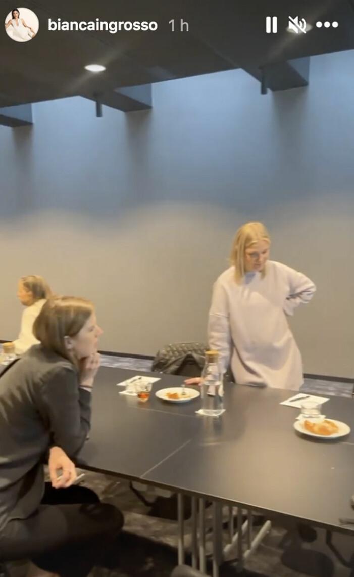 Bianca Ingrosso visar upp nya Caia kontoret i Stockholm