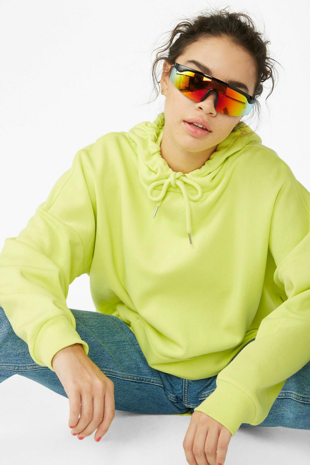 Neongrön hoodie för dam till 2019