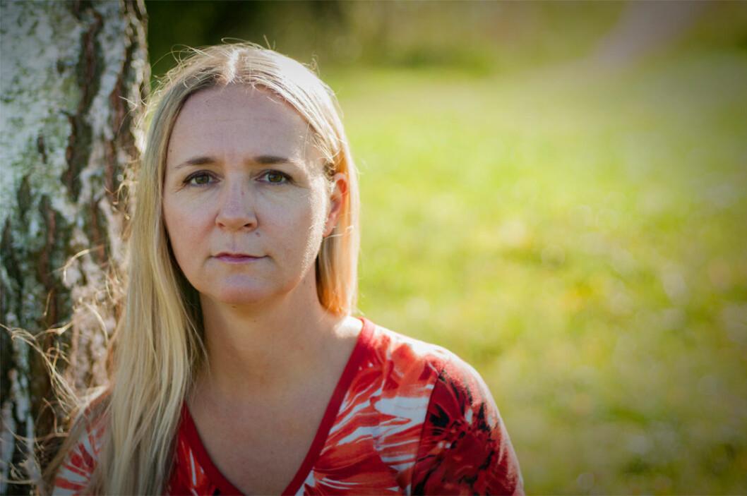 Elin Lundberg har skrivit en bok om att ha ont vid sex, för att uppmärksamma problemet.