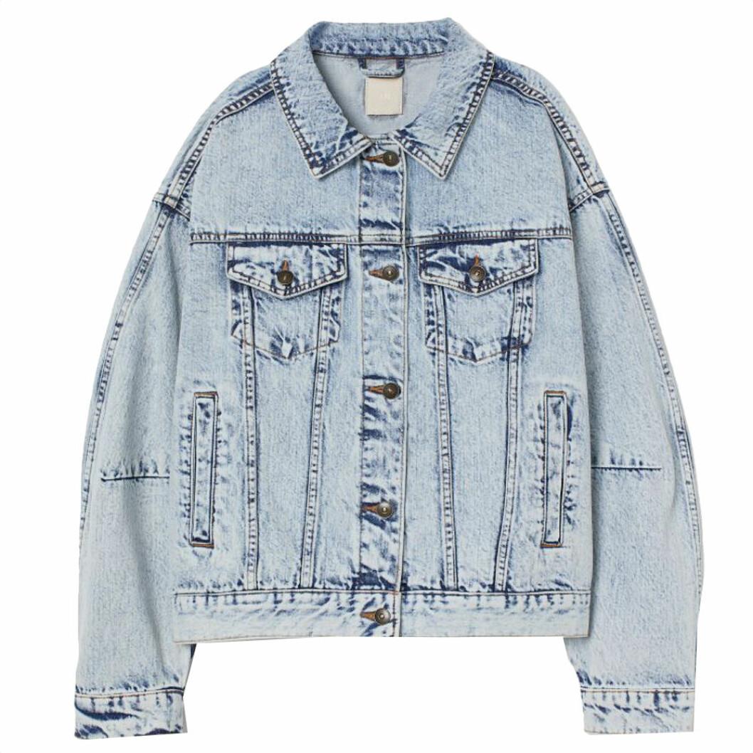 Jeansjacka i oversize-modell från H&M