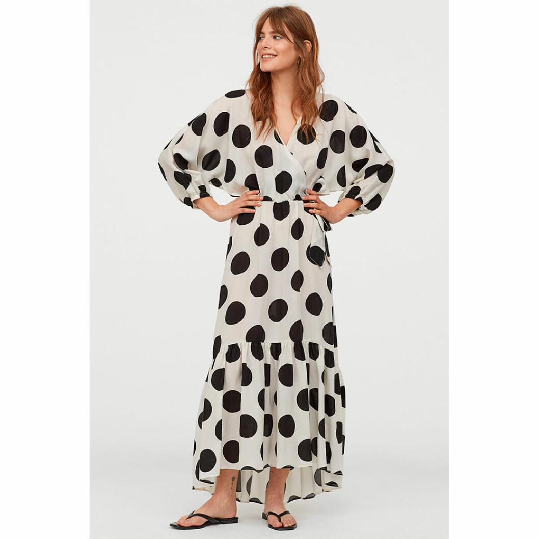 Prickig klänning från HM