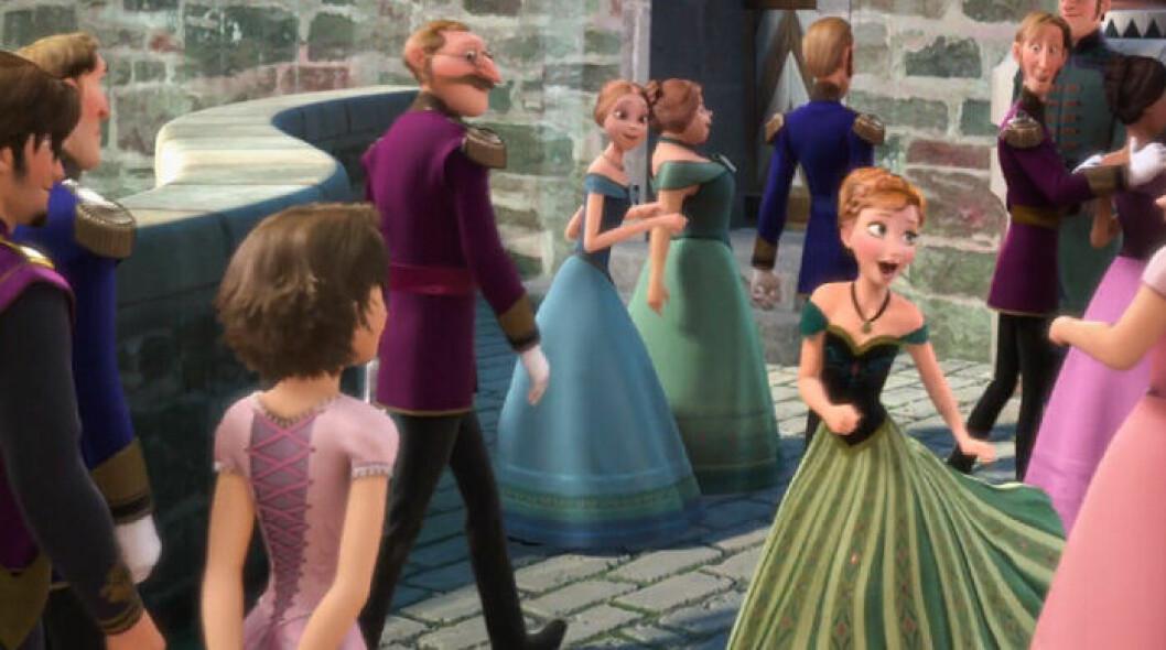 Rapunzel och Flynn på bal i Frost