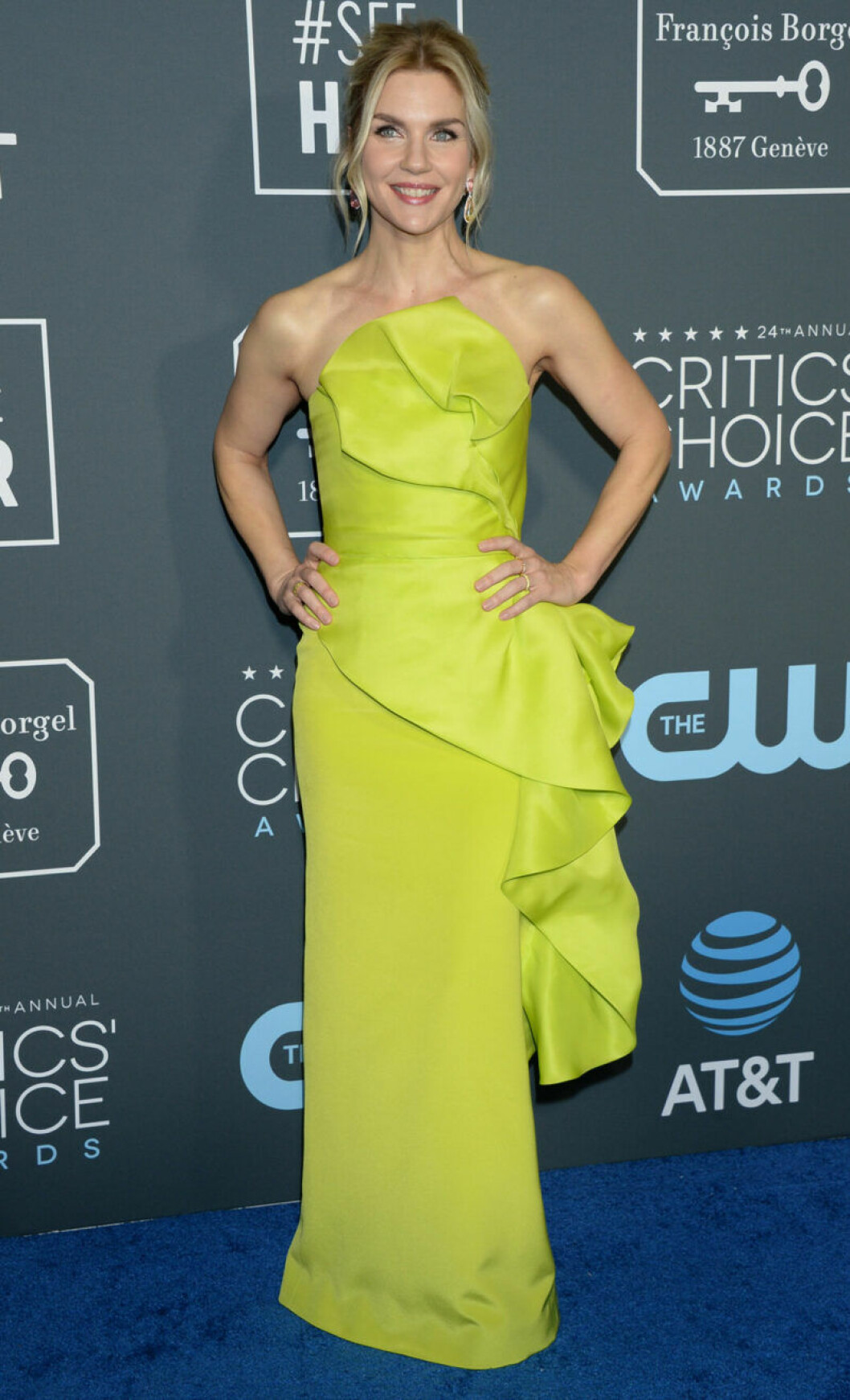 Rhea Seehorn på röda mattan på Critics Choice Awards 2019