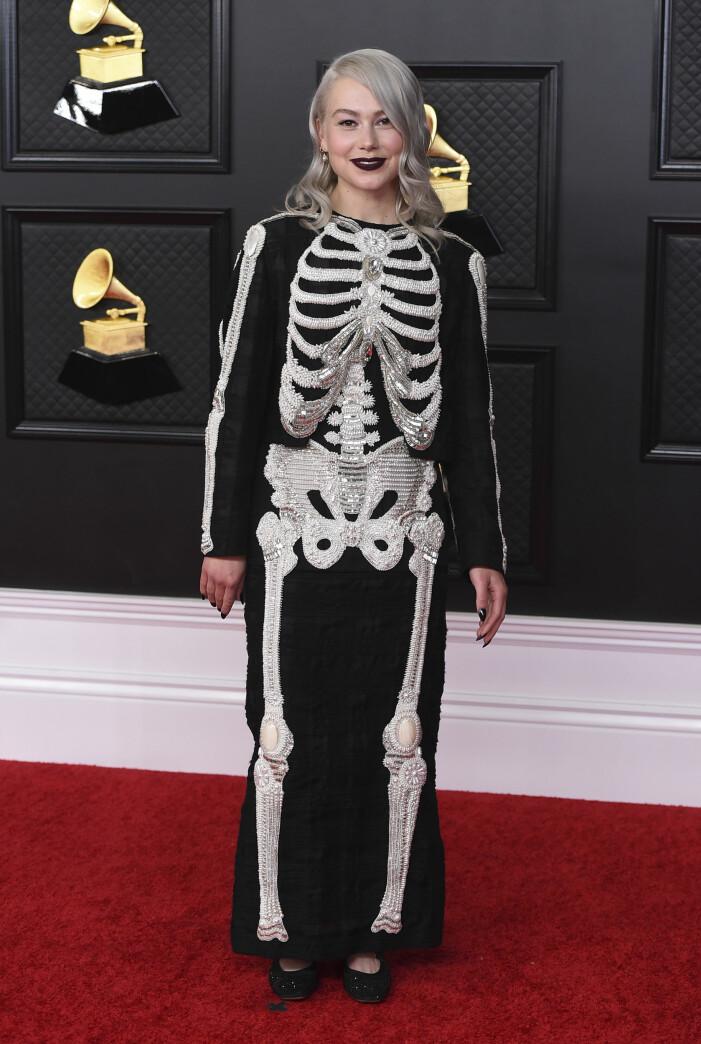 Phoebe Bridgers på Grammygalan 2021.