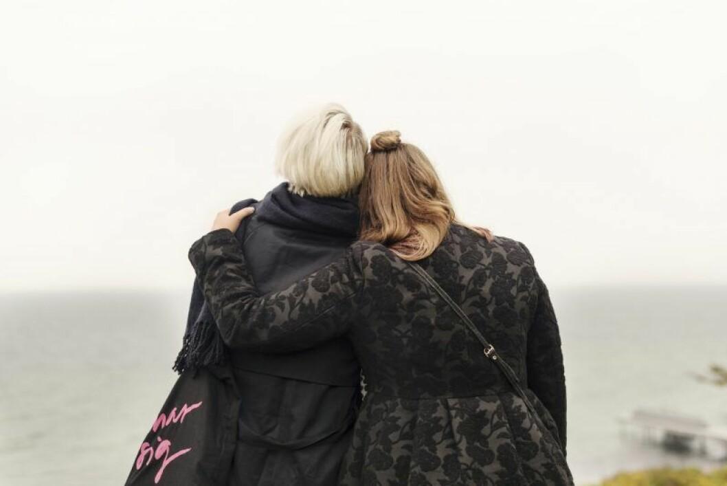 Vän kramar om