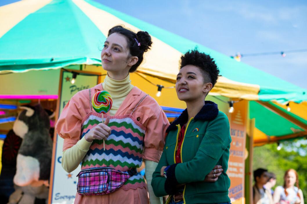 En bild från tv-serien Sex Education, som Netflix nu förlänger med en tredje säsong.