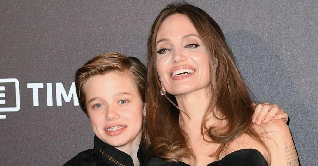 Shiloh Jolie-Pitt med mamma Angelina