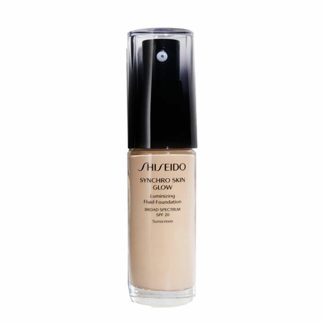 Täckande foundation Shiseido