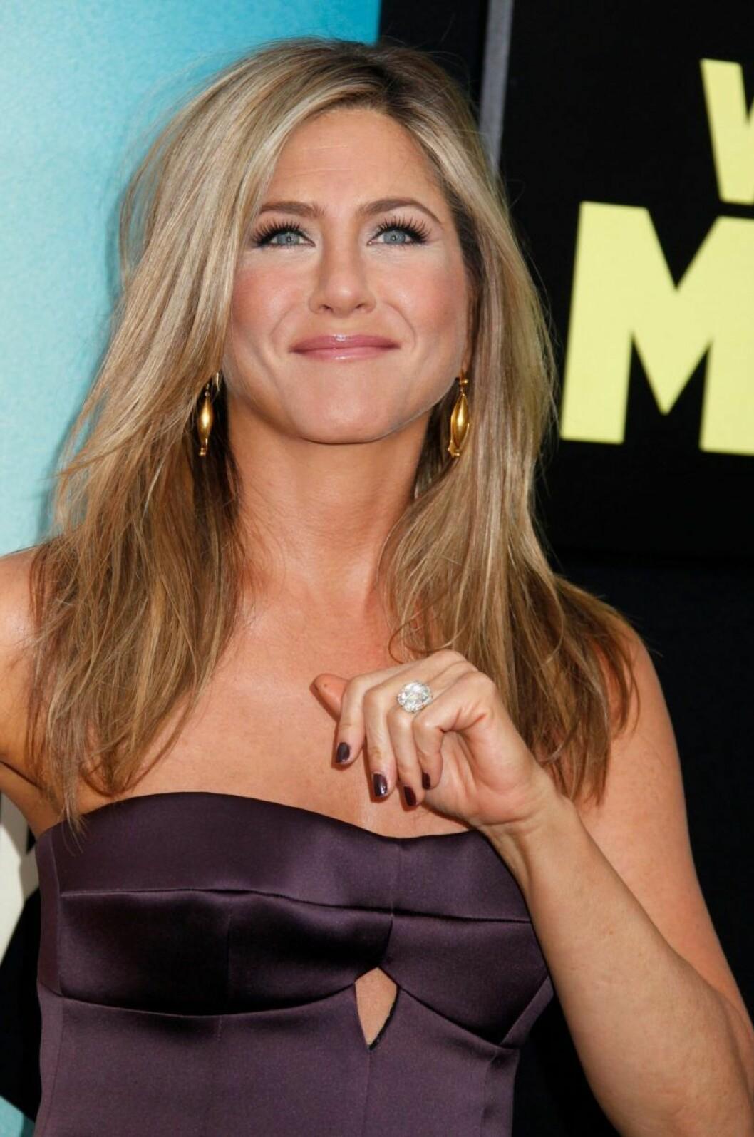 Jennifer Aniston är glad