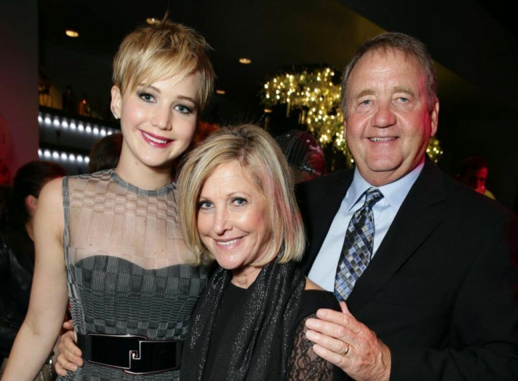 Jennifer Lawrence med mamma Karen Lawrence och pappa Gary Lawrence