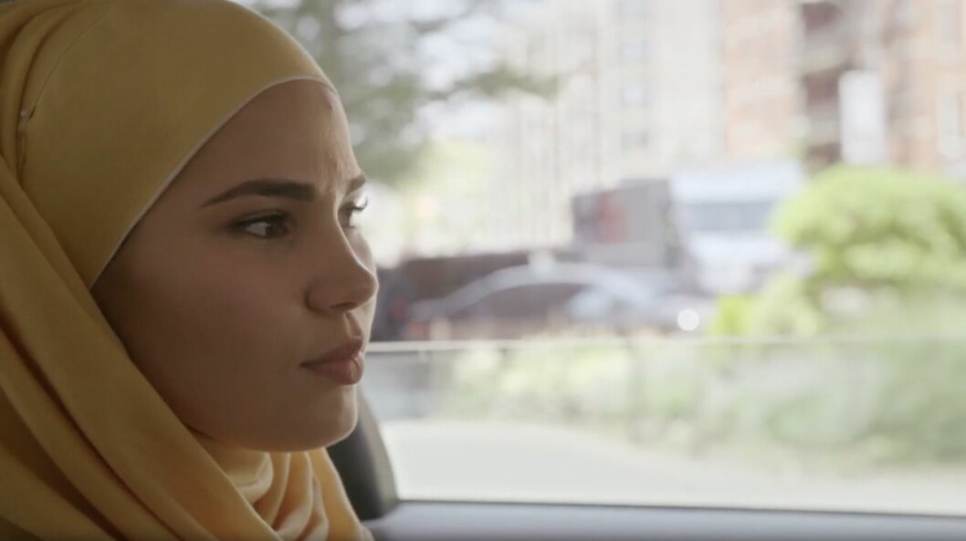 Sana, Iman Meskini, åker till Usa i nytt SVT-program.
