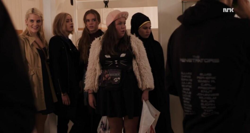 Vilde, Noora, Eva, Chris och Sana i Skam.